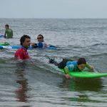 Onaka cours surf famille